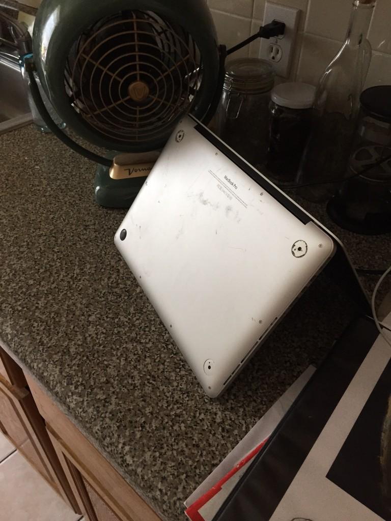 Meine Vermieterin von AirBnb trocknet ihr MacBook :D